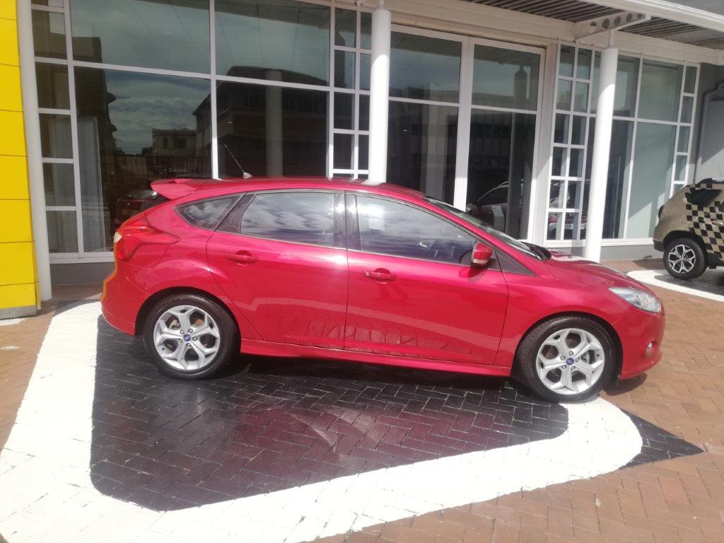 2013 Ford Focus 2.0 GDI Trendline in Metallic Red